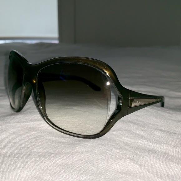 ab6f6f93973 PRADA Vintage Plastic Frame Sunglasses SPR05L. M 5c0d34bbde6f62c015b29e94.  Other Accessories ...